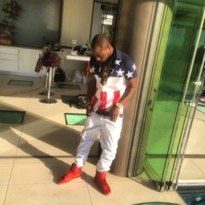 Davido Slams Haters in New Tweets